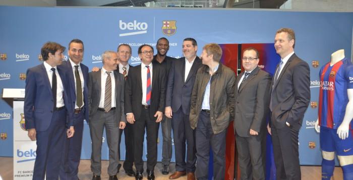 Beko presenta la nueva gama de frigoríficos Beko-Barça de la mano de Éric Abidal
