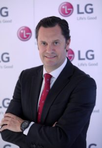 Elías Fullana, nuevo director europeo de marketing de LG Mobile Communications