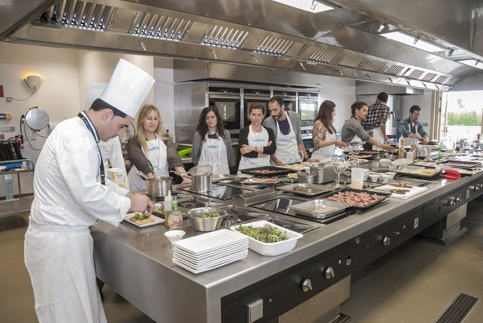 Siemens presenta innovation cooking center marr n y blanco - Escuela de cocina murcia ...