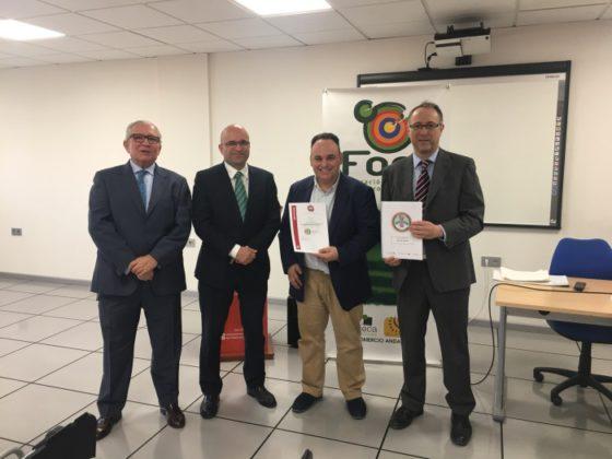 FAEL reconoce las buenas prácticas ambientales de 15 tiendas asociadas a Activa Sur