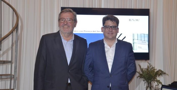 José Longás cede el testigo de la dirección de BSH en España a Fernando Gil Bayona