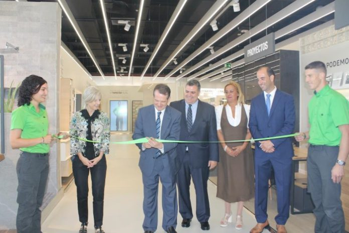 Leroy Merlin abre su primera tienda en Vigo