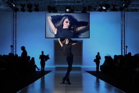 Panasonic4K_display_fashion