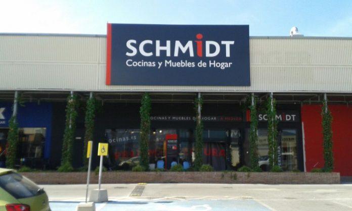 Schmidt cocinas estrena tienda en m laga marr n y blanco - Cocinas schmidt malaga ...