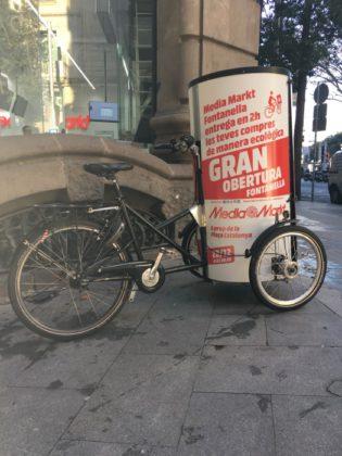 servicio-reparto-en-bicicleta-de-media-markt-fontanella